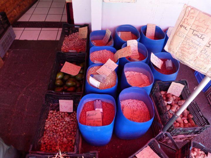 Les marchés de l'Ouest de la Réunion