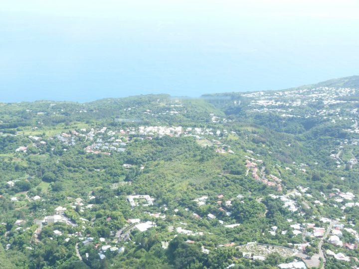 Vue du ciel en hélicoptère à la Réunion